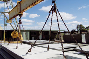 Mitigating construction risks using precast