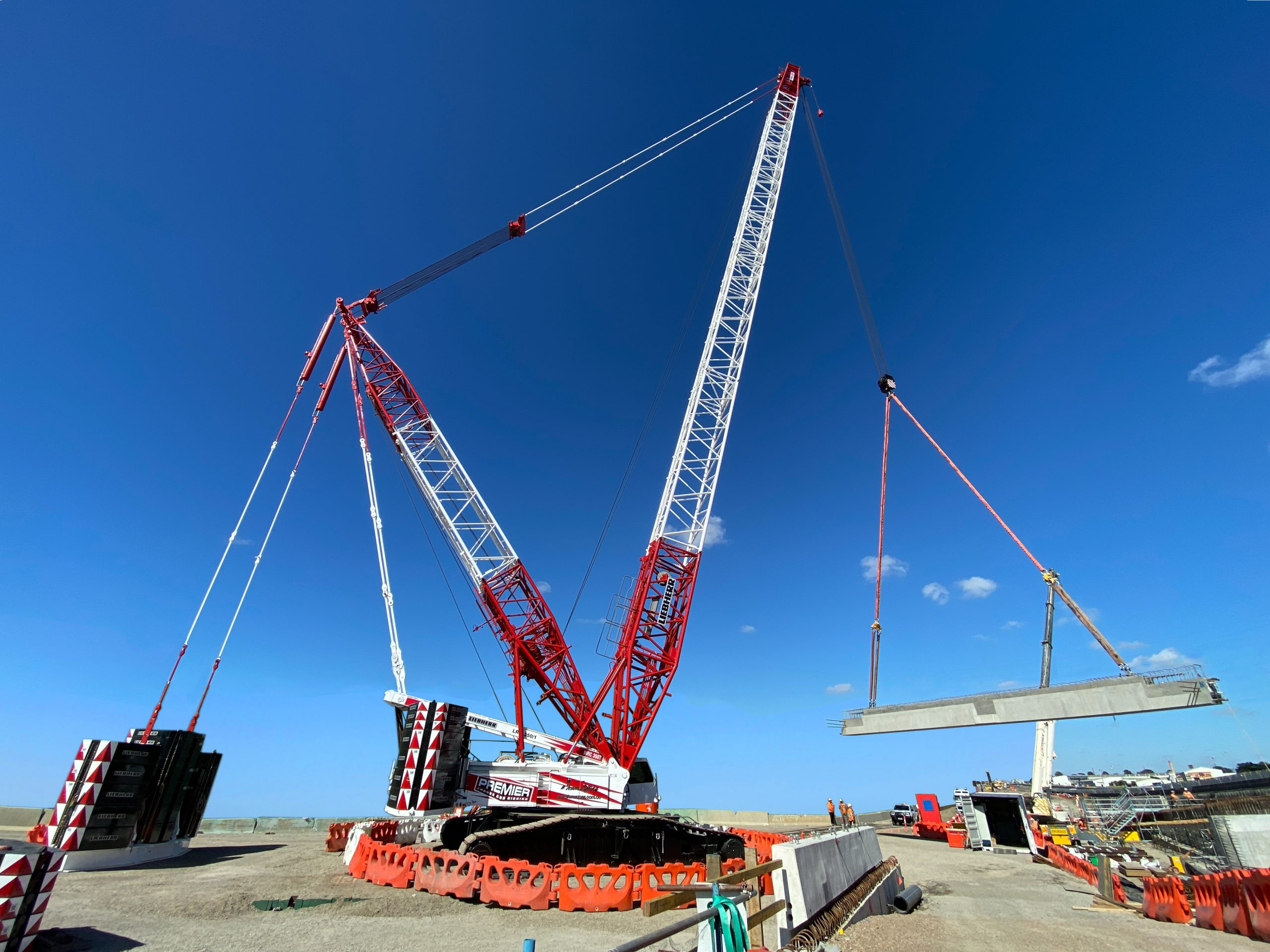 Premier Cranes cracking the code with #TeamLifting