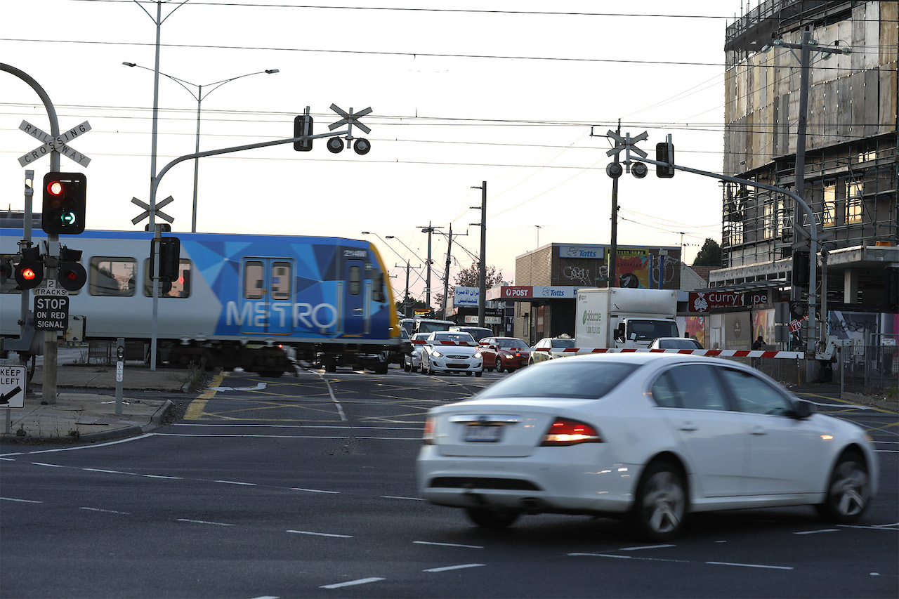Victoria's Level Crossing Removal Project extended