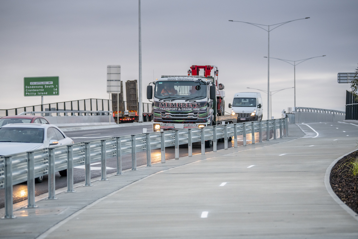 Melbourne's South Gippsland Highway level crossing removed
