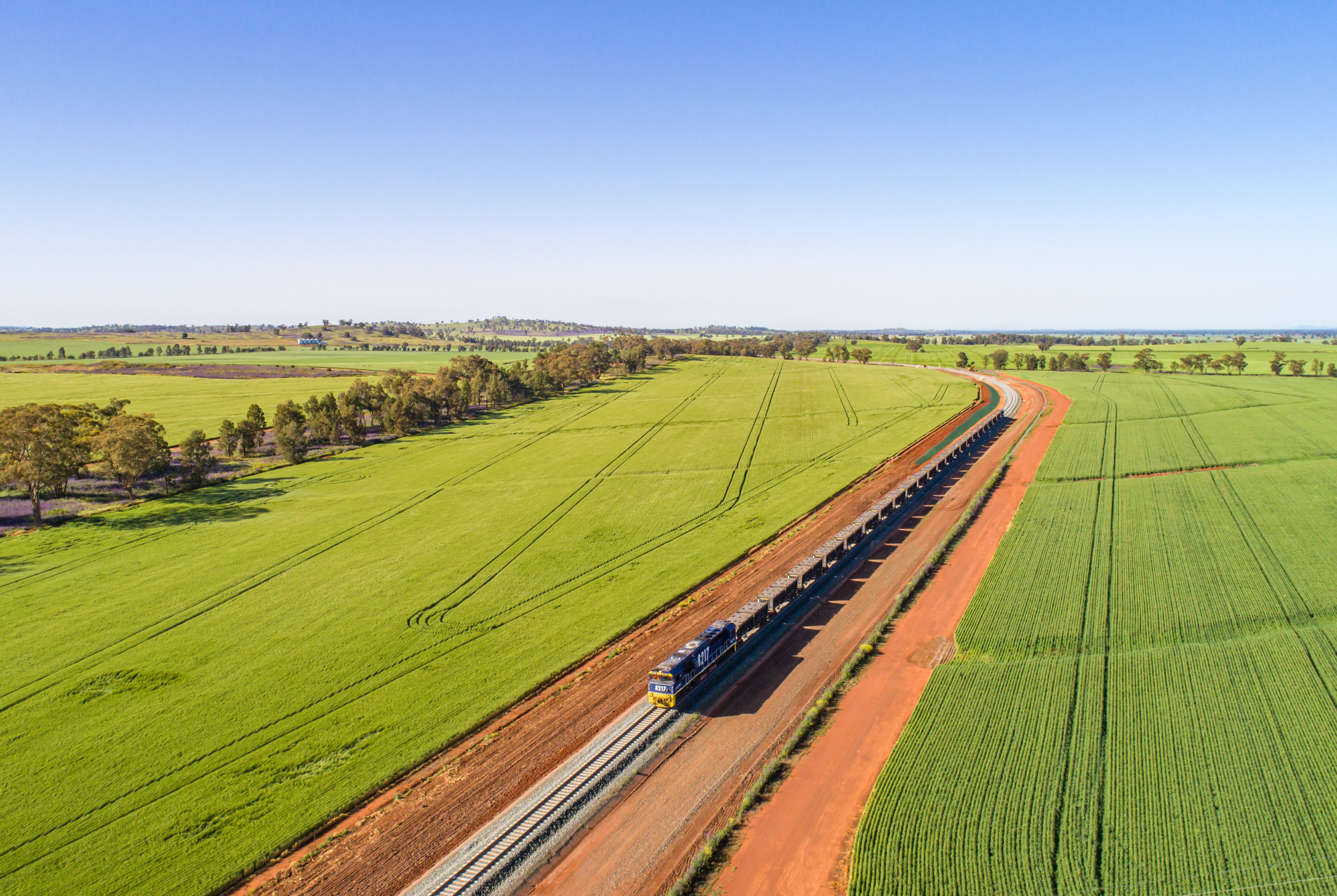 ARTC signs $2.4B in contracts for critical Inland Rail sections