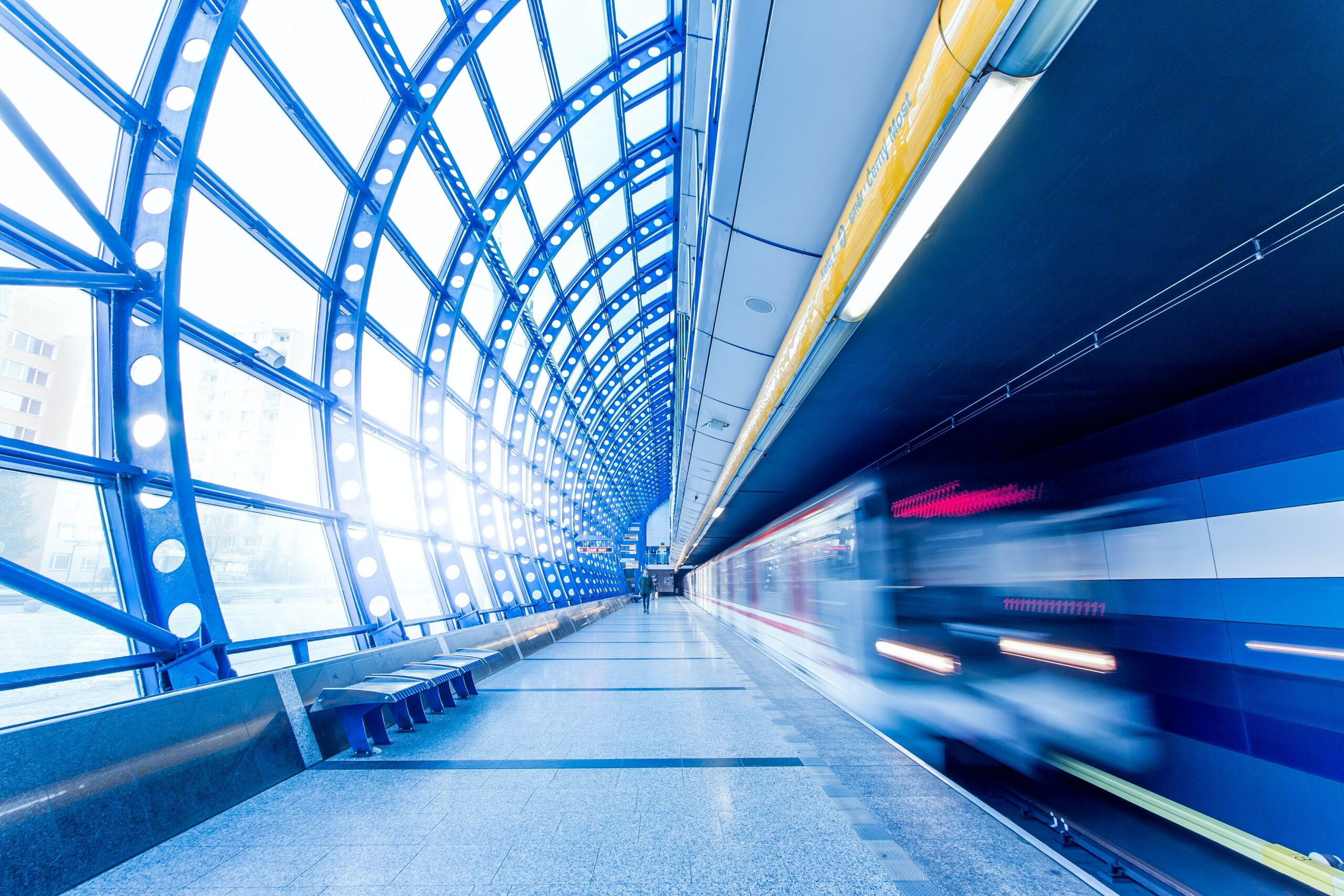 Industry first partnership aims for net-zero in transport