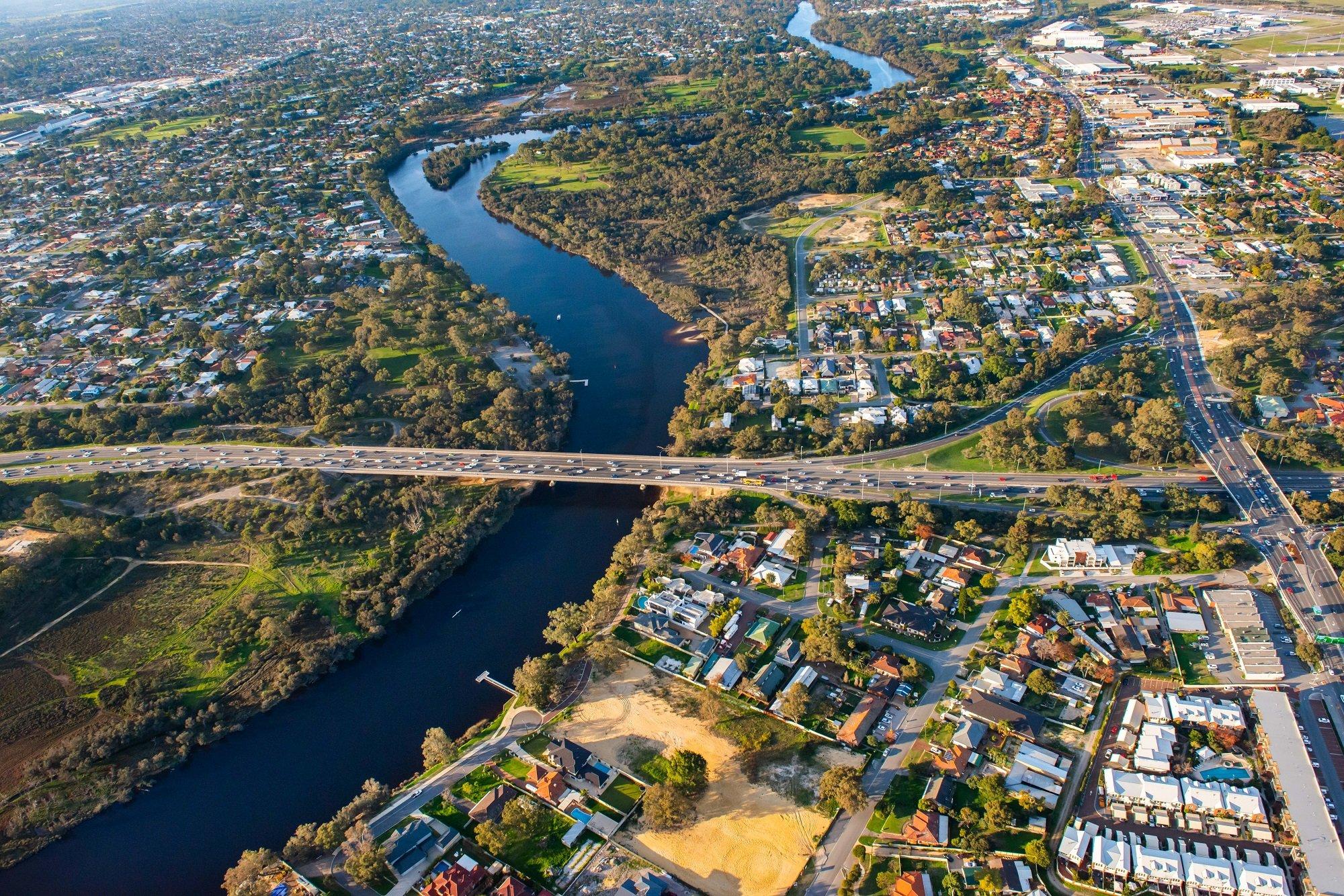 Work underway on Perth's new Redcliffe bridge