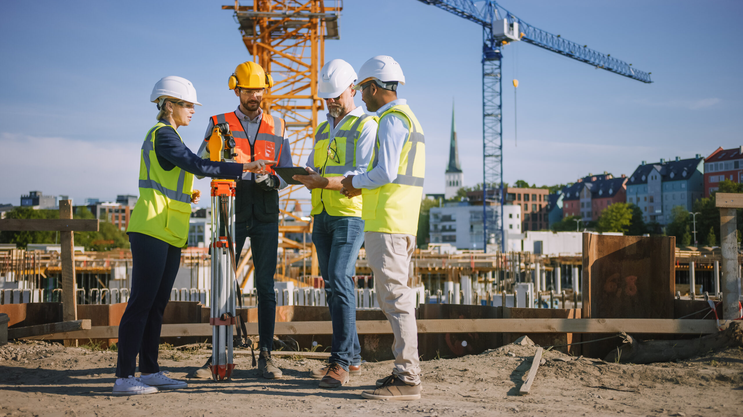 How to effectively manage assets across job sites with telematics