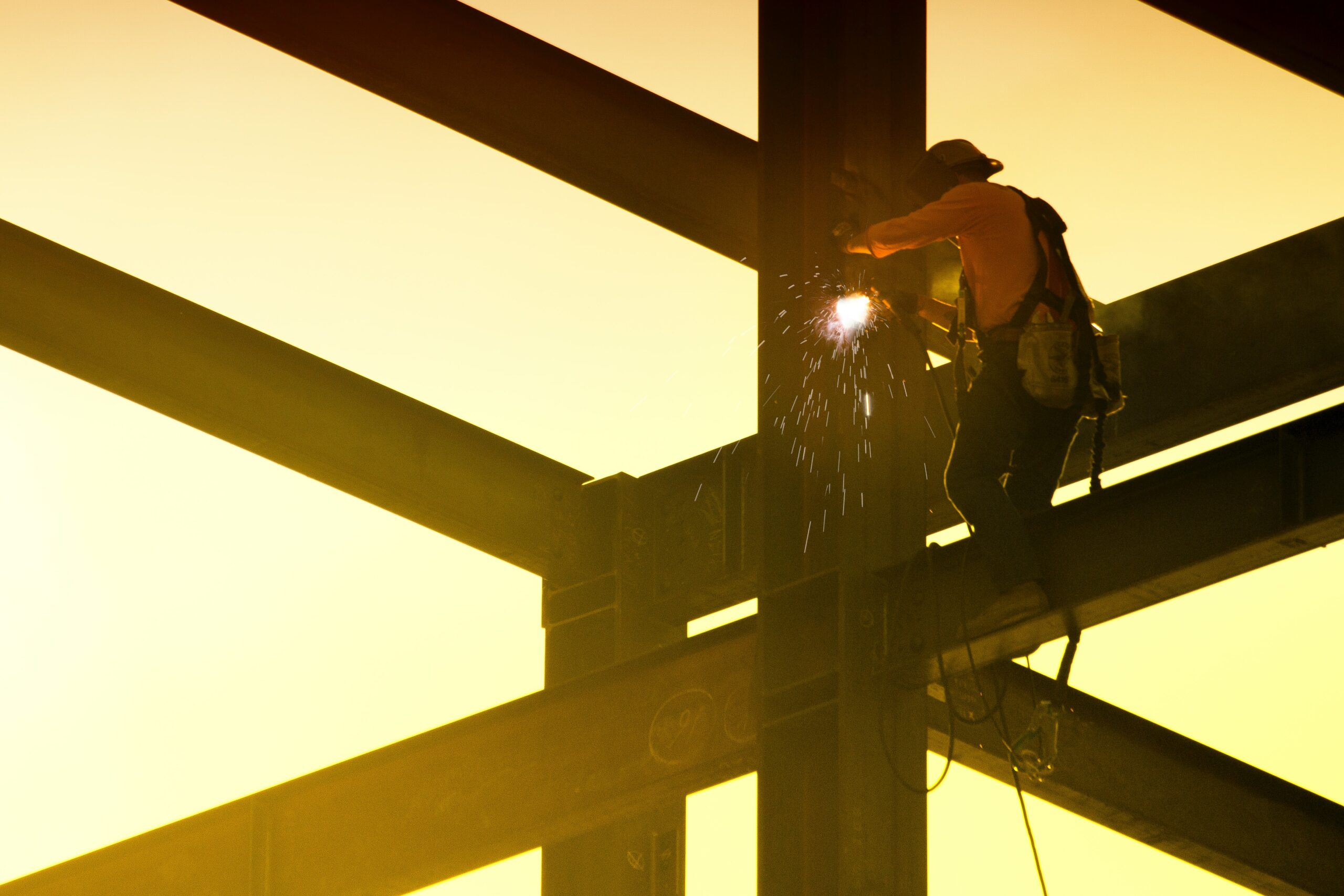 OzHelp launches national Tradie Wellbeing Survey