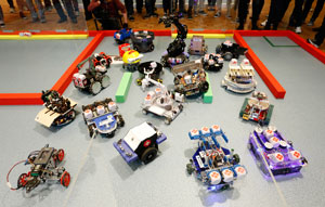 Uni students compete with autonomous robot technology