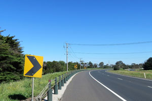 Saving lives on country roads: the potential for flexible safety barriers on AU roads