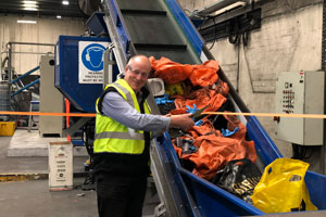 Close the Loop has unveiled a new manufacturing line in Melbourne capable of converting 200,000 tonnes of soft plastic and toner waste into an asphalt additive for roads.