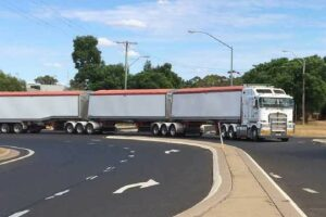 The Australian and NSW Governments are funding the $187.2 million Newell Highway upgrade, Parkes Bypass.